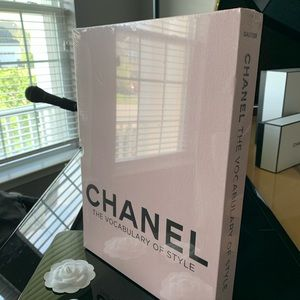 Chanel: The Vocabulary of Style Decor Book